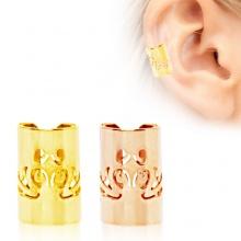 Faux piercing cartilage cylindre plaqué or à gravure baroque