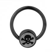 Piercing anneau captif ionisé noir avec signe pirate