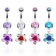 Piercing nombril à rose entourée de cinq pierres