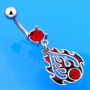 Piercing nombril flamme rouge